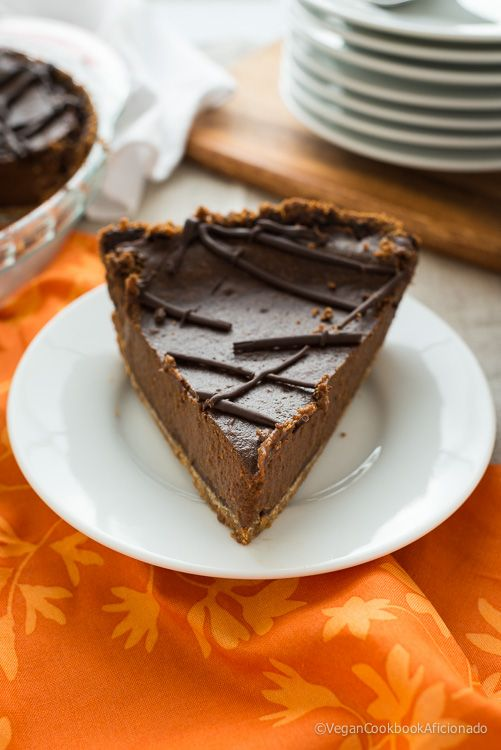 VEGAN triple chocolate pumpkin pie | Raw + Vegan Desserts | Pinterest