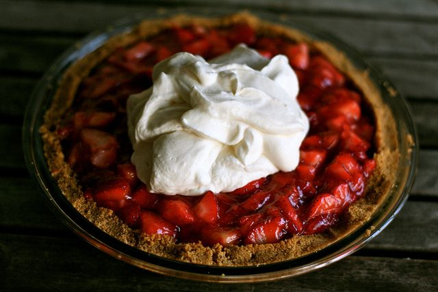 Strawberry Icebox Pie | Pies, Cobblers, Tarts and Dumplings | Pintere ...