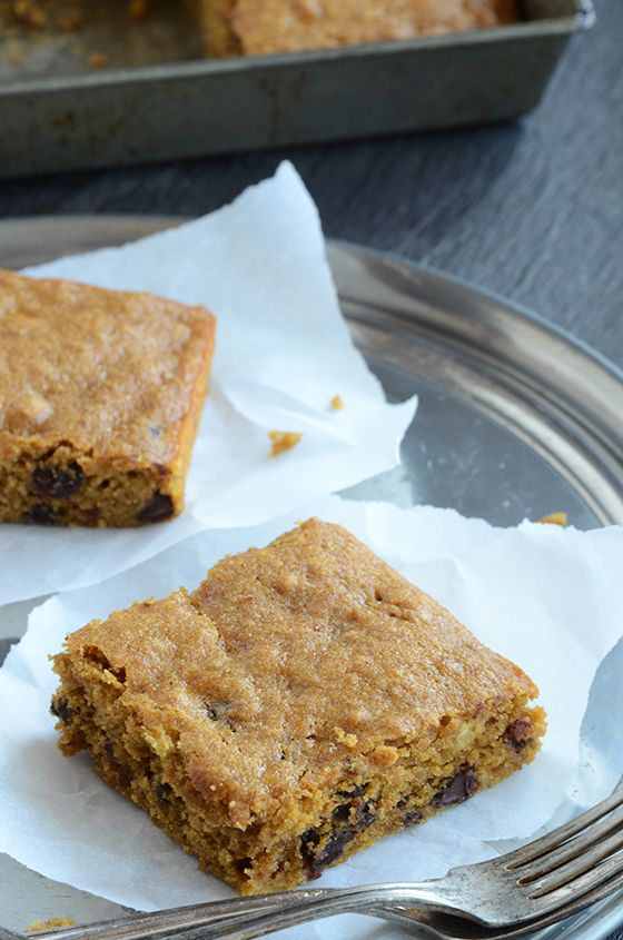 Pumpkin Chocolate Chip Snack Cake | Cookies, cakes and pies! Oh, my ...