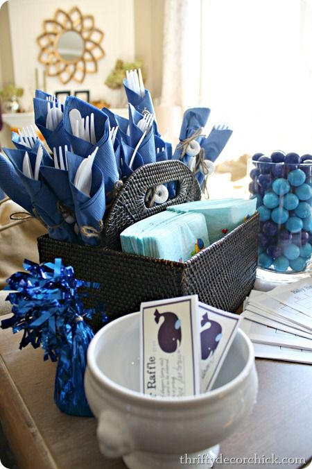 Simple nautical themed baby shower ideas entertaining for Baby shower nautical decoration