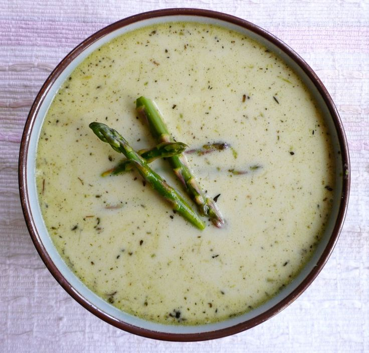 Creamy Asparagus Soup -- Mom can you make this for me on Sunday? :-)