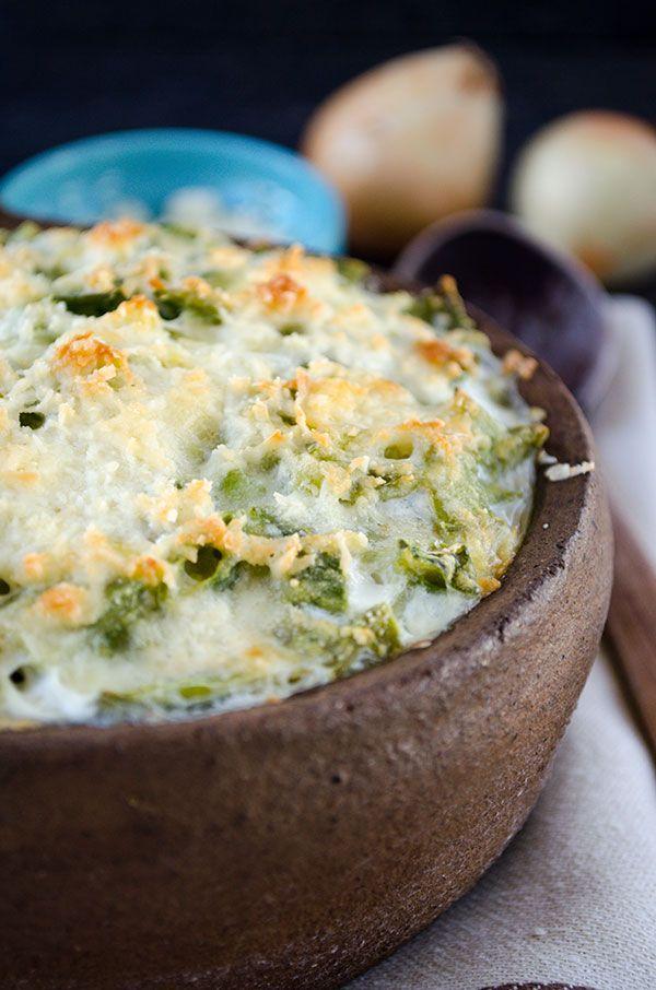 This Skinny Green Bean Casserole} No mushroom soup. Skinny and gluten ...