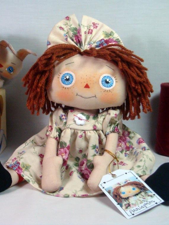 Симпатичные голубые глаза Энни