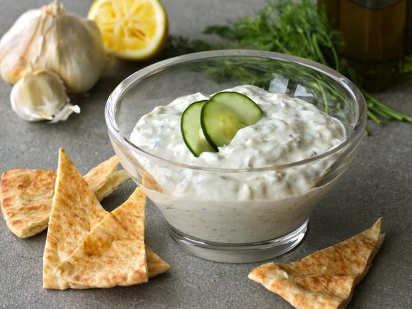 Greek Yogurt Cucumber Sauce (Tzatziki) | lets try this | Pinterest