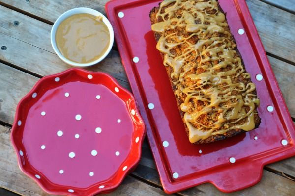 Caramelized Banana Bread with Dulce de Leche Glaze