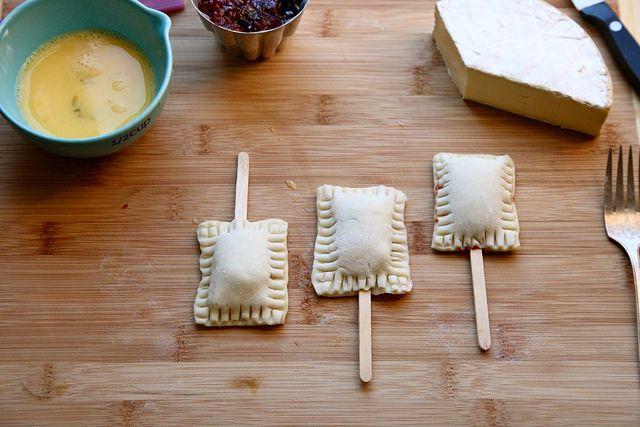 bite-sized baked brie | Cocina salada | Pinterest