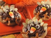 Thanksgiving Turkey Cookies | Nestlé Family