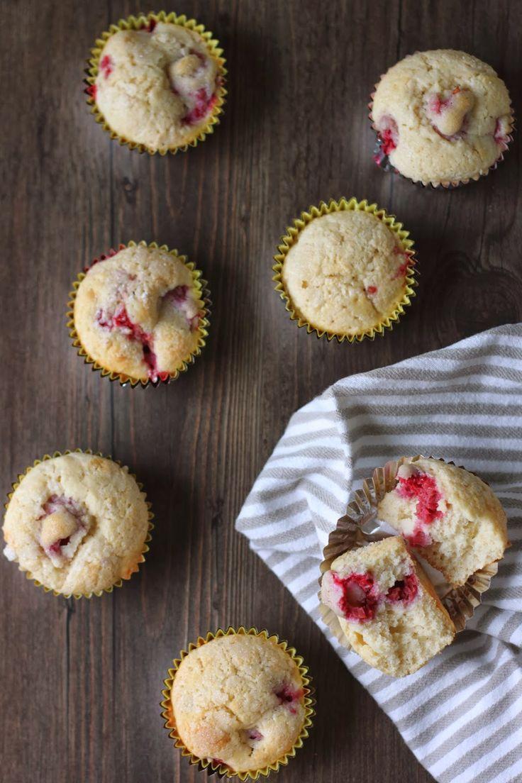 sugar-crusted raspberry muffins // flora & fauna