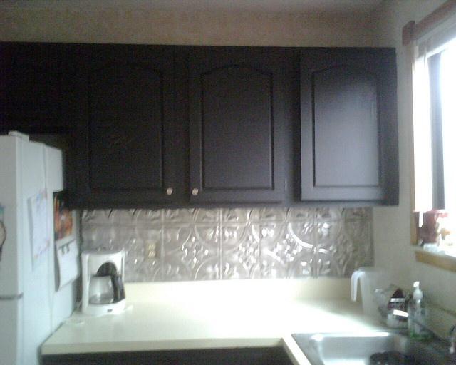 Tin ceiling tiles for the home pinterest for Tin ceiling tiles backsplash