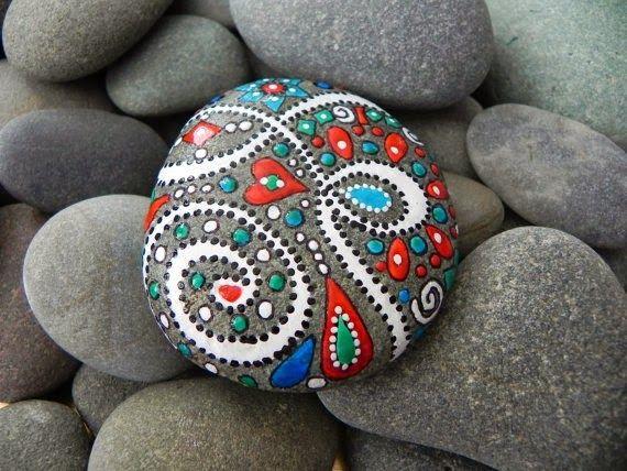 Rock painting ideas dirtbin designs rock painting - River rock painting ideas ...