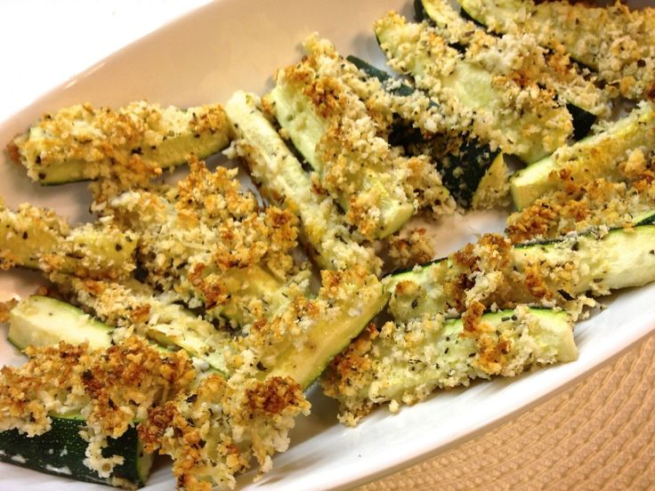 Parmesan Crusted Zucchini Sticks via Zagleft 2. These are yummy. I ...