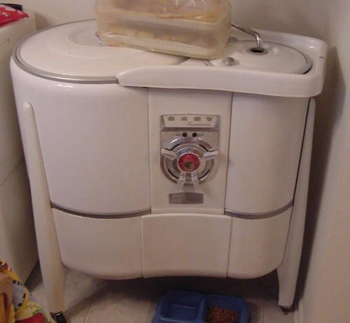 crank powered washing machine