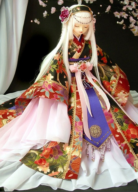 Traditional Japanese Kimono Costumes Ball Jointed Dolls