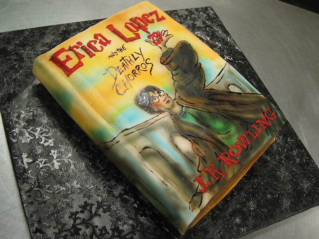Cake Harry Potter Book :