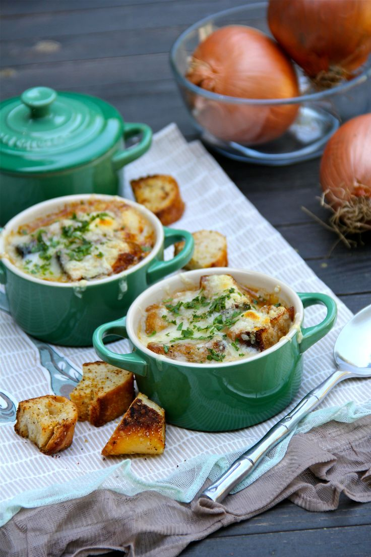 French onion soup | Food & Drinks -- Le Creuset Recipes | Pinterest