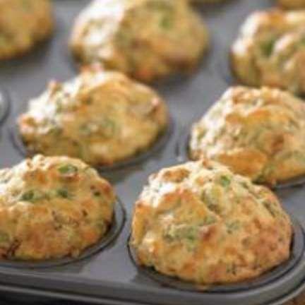 Pumpkin, Spinach and Feta Lunchbox Muffins