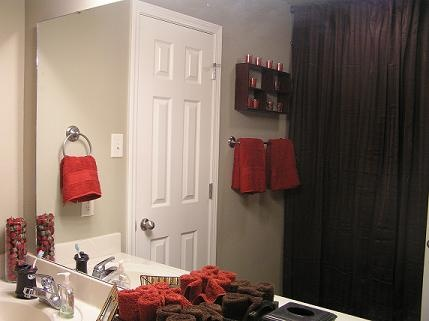 Red and brown bathroom for Red and brown bathroom decor
