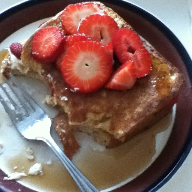 Strawberry cheesecake French toast. | For the Home | Pinterest