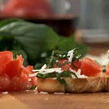 Tomato Basil Crostini. | Bruschetta & Crostini Appetizers | Pinterest