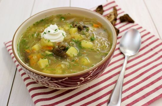 Shchi- Russian Cabbage Soup with mushroom & saurkraut