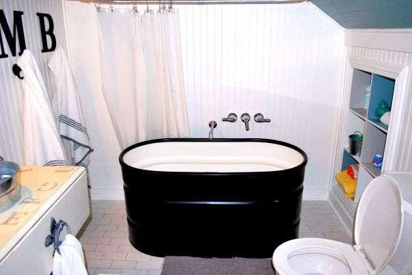 Trough Bathtub : Bathtubs Made From Horse Troughs ... horse trough, you are right. We ...