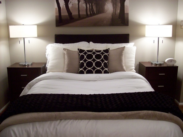 Black brown taupe grey white silver black white for Black and brown bedroom designs
