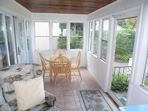 Pin by melissa wilson on enclosed porch pinterest for Enclosed back porch ideas