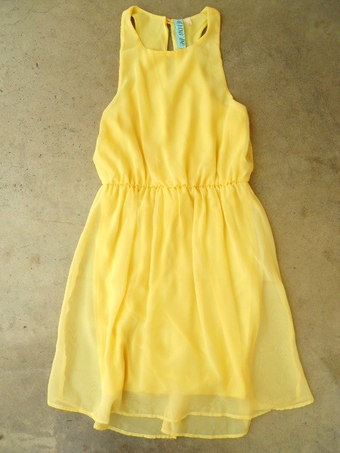 Sweet Yellow Daffodil Dress : Vintage Inspired Clothing