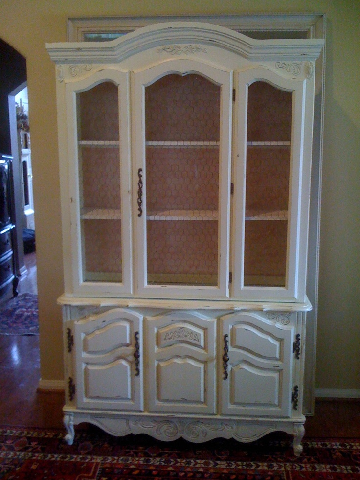 Painted china cabinet dining rooms pinterest for Painted dining room hutch ideas