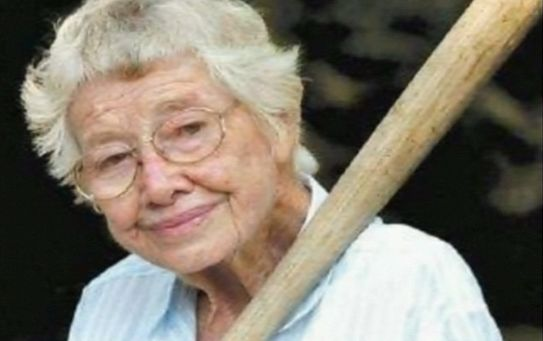 Women's baseball star laid to rest | RIP Mrs. Wisham! Thank you for ... Baseball