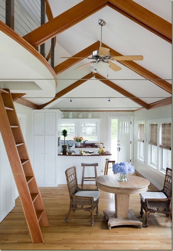 Super cute beach cottage remodel!!!