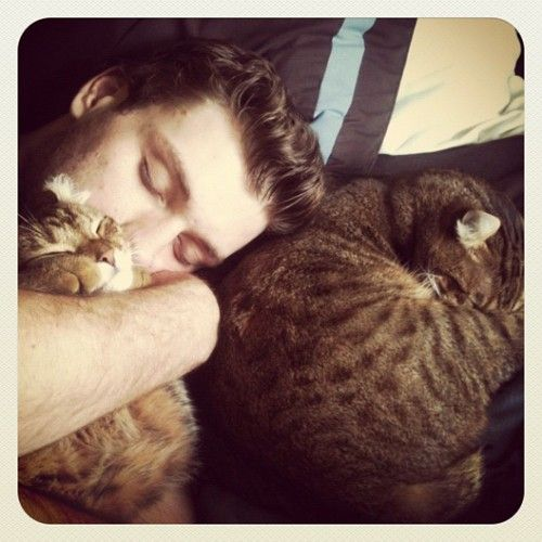 Bobby Ryan with his baby kittehs. <3!