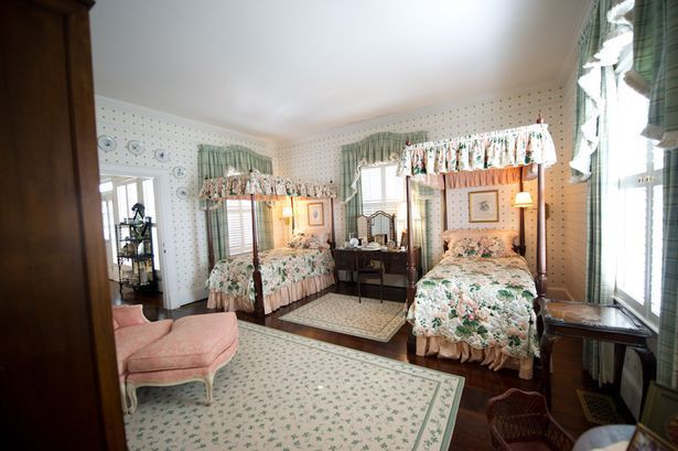 Tour A Southern Gentleman 39 S Historic Plantation Home In