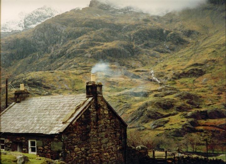 Irish cottage dream house pinterest for Cottage in the mountains