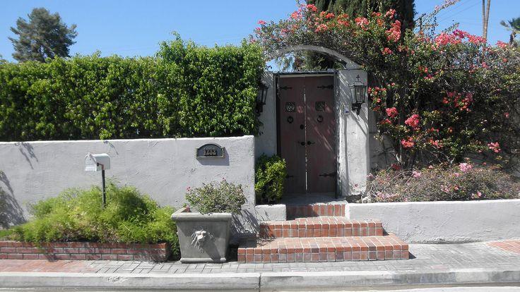 Hedy lamarr 1232 east el alameda palm springs movie for Palm springs celebrity homes