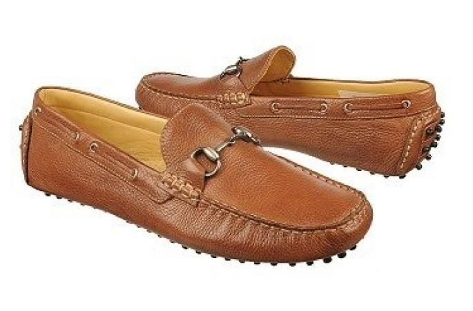 in this Sandro Moscoloni men's shoe. Find this shoe and more Sandro