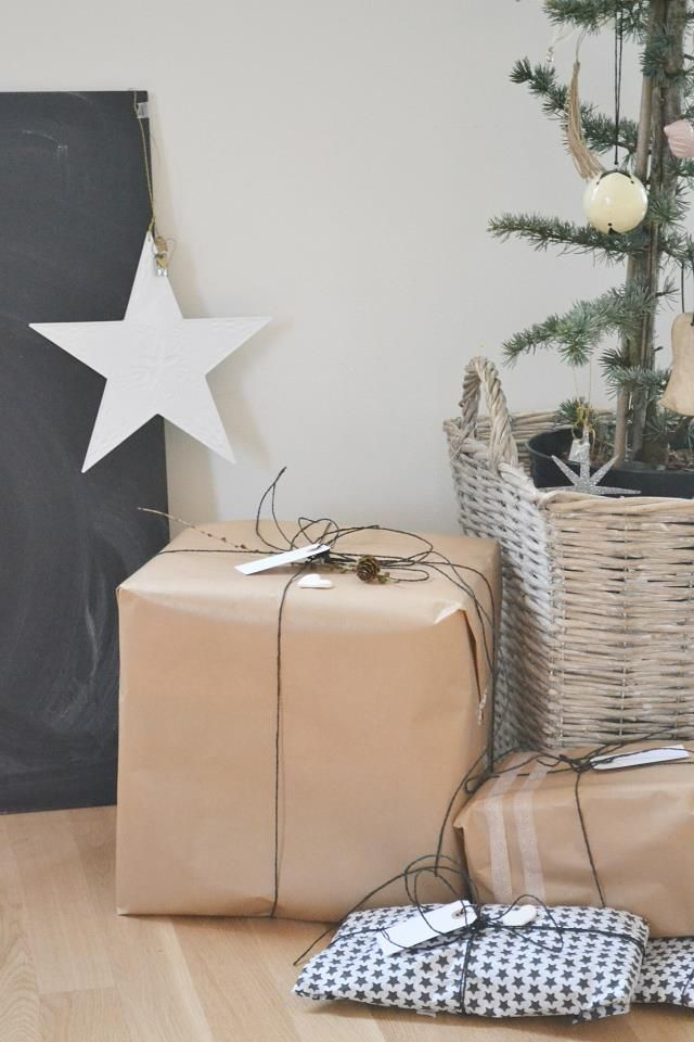 tree in basket, kraft wrapping paper, black & white wrapping paper