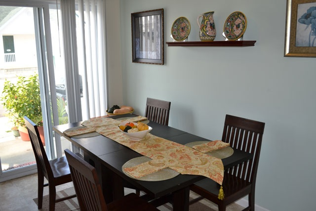 Cute dining room set up adams village apartment homes for Cute dining rooms