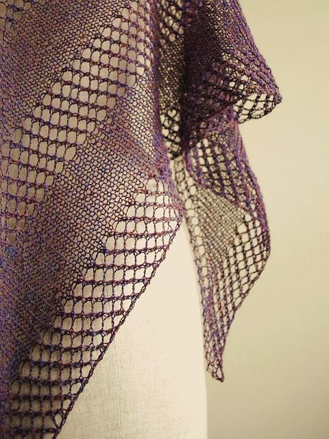 Ravelry: knittimo's heather lavalette