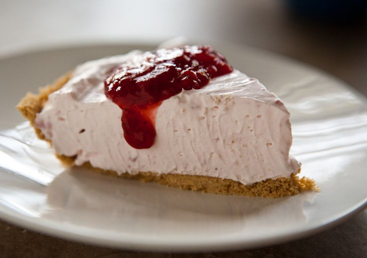 COOL WHIP No-Bake Strawberry Cheesecake