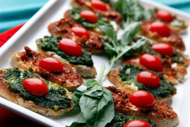 Goat cheese and pesto crostini   Tomato Season   Pinterest