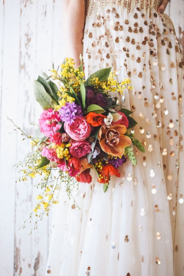 Tropical bridal bouquet | Lara Hotz Photography for Hitched Magazine