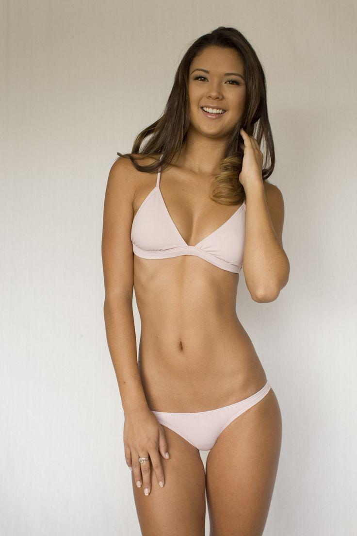 Miss skinny nude exploited video