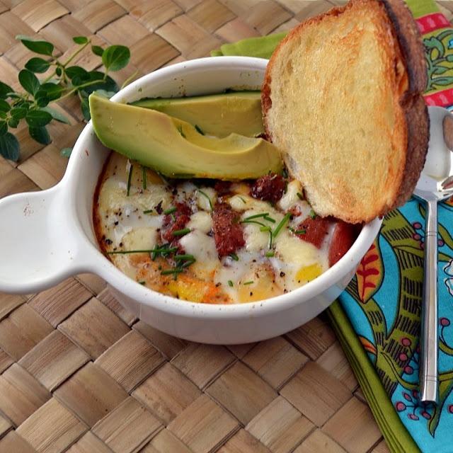Mexican Baked Eggs | Breakfast Recipes | Pinterest