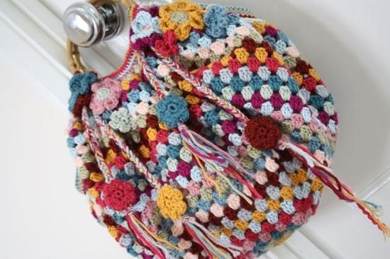 Crochet Cute Granny Bag Tutorial Crochet tutorials Pinterest