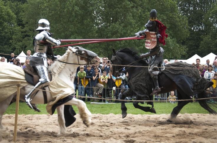 Ridders tijdens de joust 2011 ridders pinterest for Petra josting