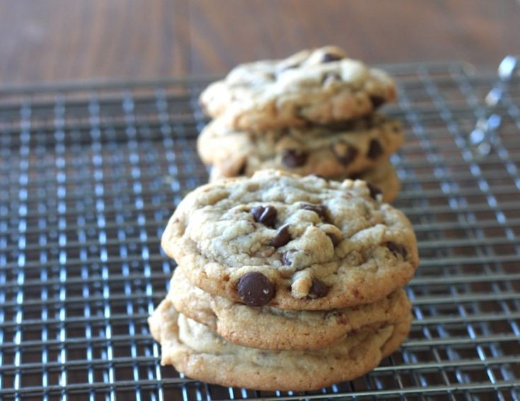 Brown butter & toffee chocolate chip cookies | Recipe