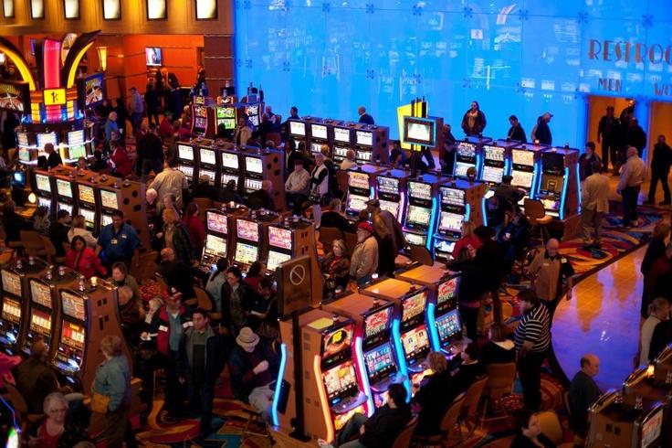 Hollywood casino kansas city opening date
