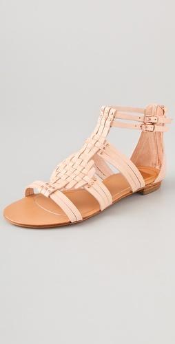 neutral summer sandal // dolce vita woven sandal