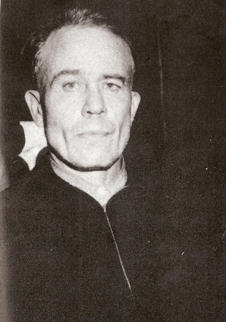 ed gein serial killer 2000 entstand mit ed gein – the wisconsin serial killer unter der regie von chuck parello erstmals eine verfilmung des tatsächlichen falls.